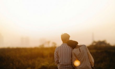 A Guide to Learning to Open Up Emotionally in a Relationship
