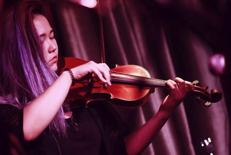 Violinist Bebe Kim Talks Modern Music and Inspiration
