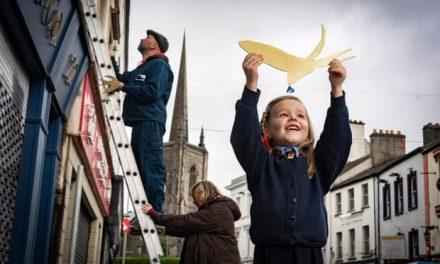 Enniskillen Honors Oscar Wilde with Gold-Leaf Swallow Fly